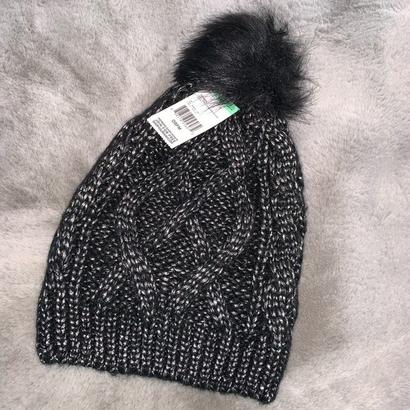 Sears Accessories - Black and shiny silver beanie